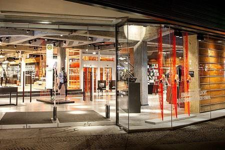 nike-store-berlin-europacenter