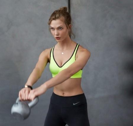 karlie-kloss-nike-workout Foto Nike