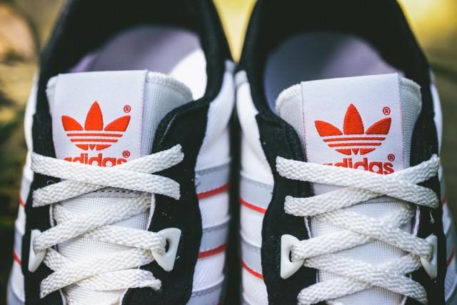 Adidas_ZX_550_OG_Sneaker_Politics_3_1024x1024