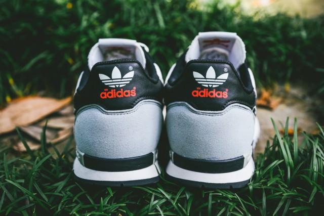 Adidas_ZX_550_OG_Sneaker_Politics_9_1024x1024