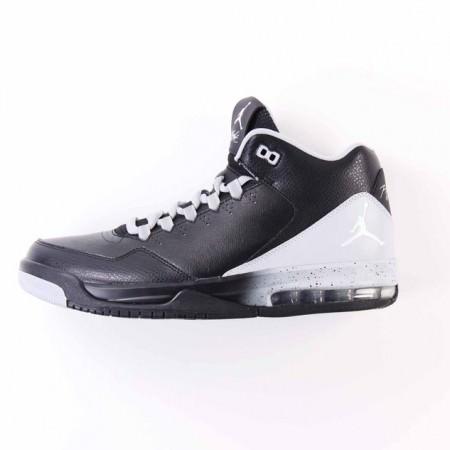 RS78225_Foot Locker x Nike_Flight Origin 2 (3)-scr