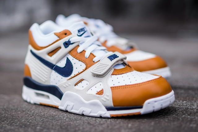 air-trainer-3-medicine-ball-2014-retro-2