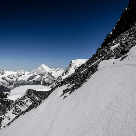 saas-fee-saastal-skigebiet