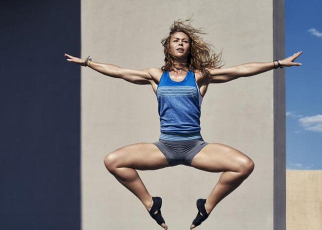 Nike_Women_Alex_Hipwell_02