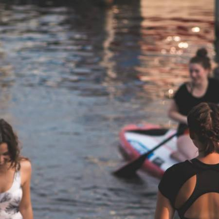 stand-up-paddling-event-fabletics