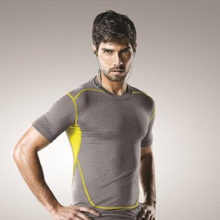 jabra-sport-coach-wireless-bluetooth-sport-kopfhoerer-sportler-mann-gelb