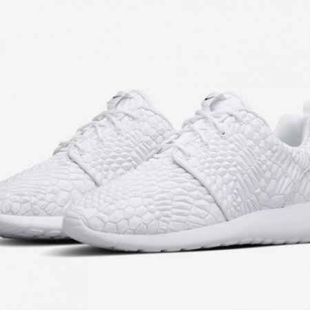 nike-roshe-run-diamondback-summary-645x452