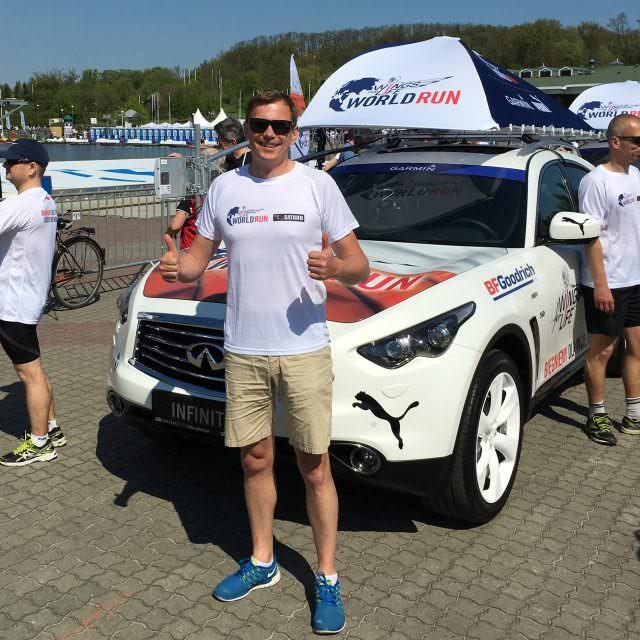wings-for-life-poznan-world-run-catcher-car