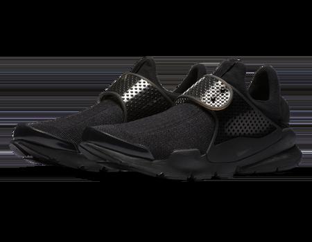 nike-sock-dart-sneakers-black