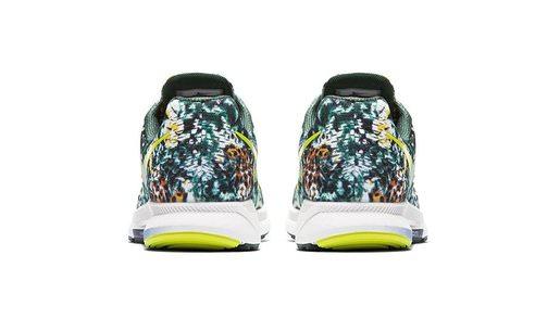 nike-air-zoom-pegasus-33-brazil-rainforest-print-sneaker-back