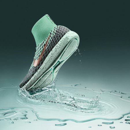 nike-lunarepic-flyknit-shield-sneaker-running-shoe