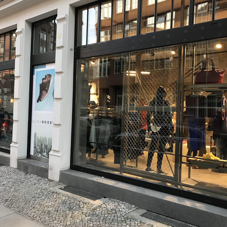 adidas shop berlin mitte