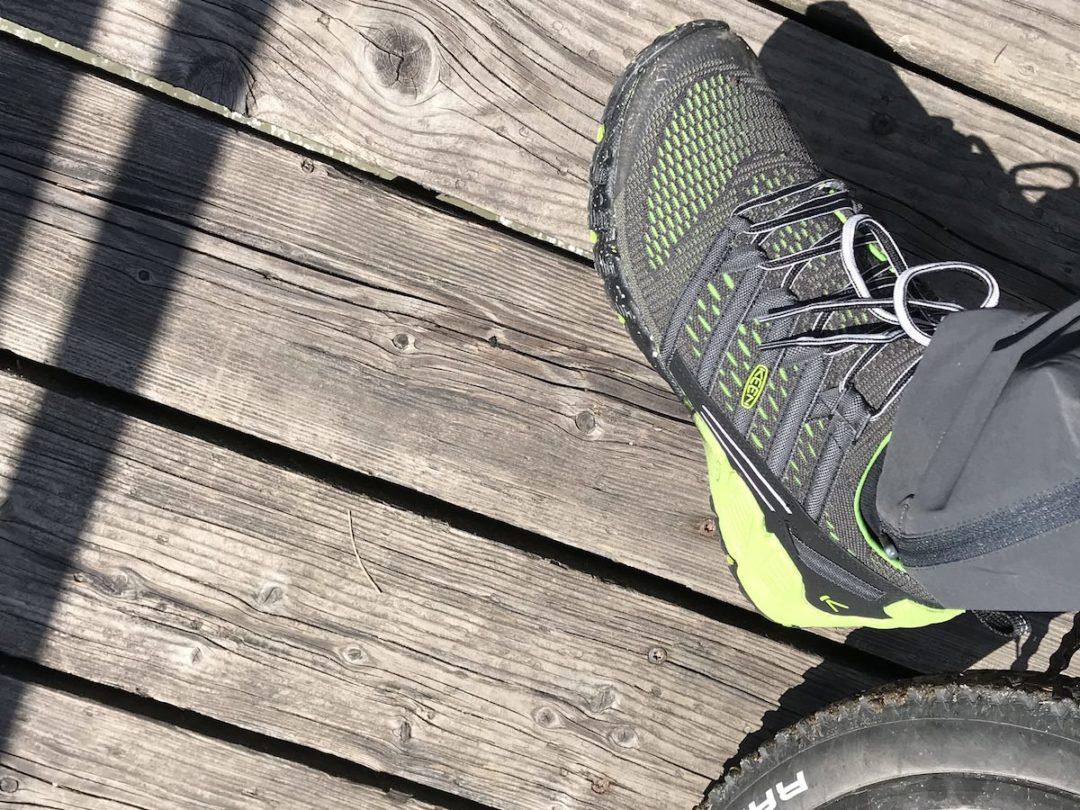buy online 9a8ab 993f2 KEEN Versago Schuhe auf Tour. Leichte Wanderschuhe im Test ...