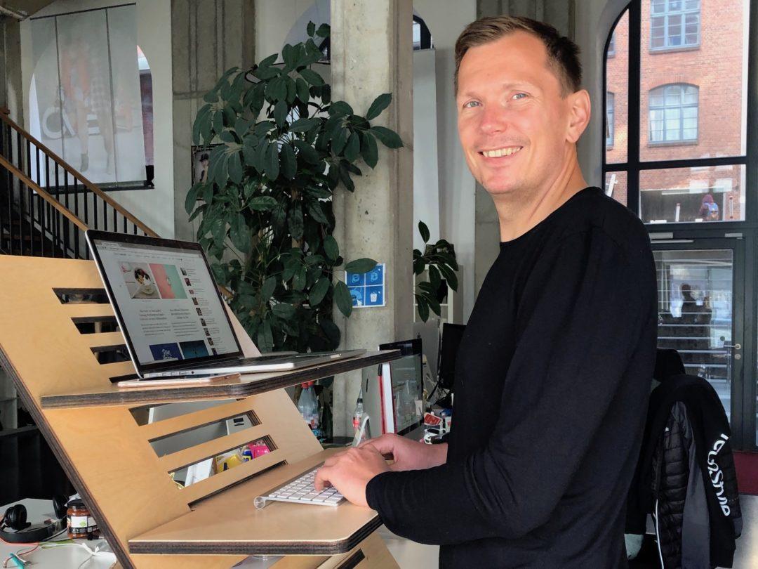 Höhenverstellbarer Schreibtisch Im Test Erfahrungen Mit Dem