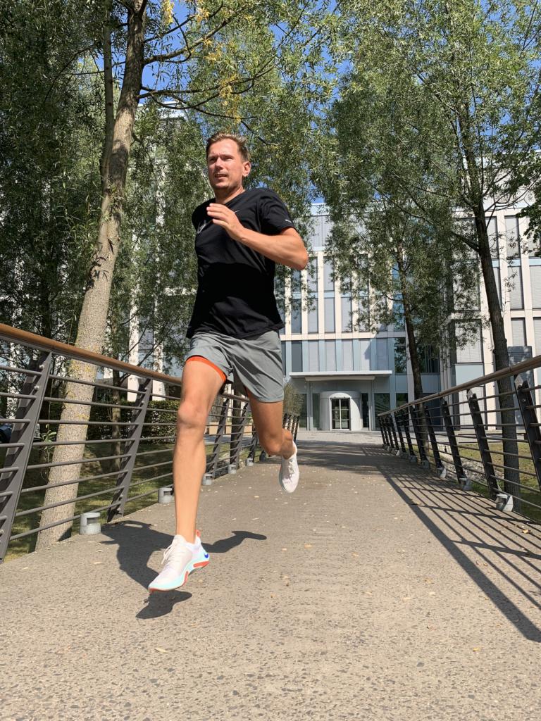 Nike Joyride Run Flyknit im Test. Tausend Kugeln für ein