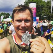 Rennsteiglauf Erfahrungen Marathon Strecke: Ein Stadtkind spielt im Wald