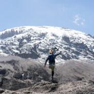 Einbeiniger besteigt Kilimandscharo: Tom Belz macht den Traum mit Mammut war